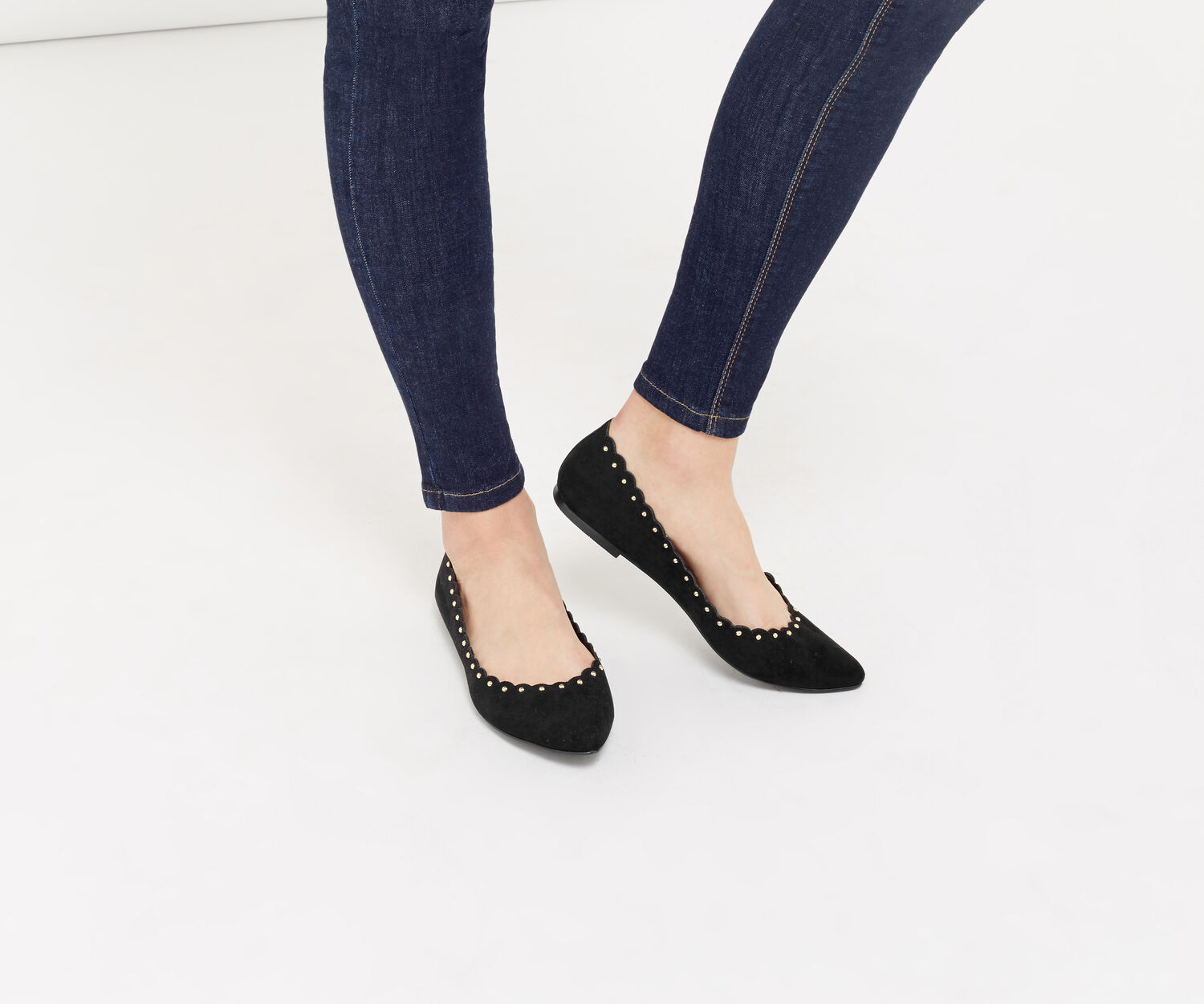 Oasis, KATE SCALLOPED FLATS Black 1
