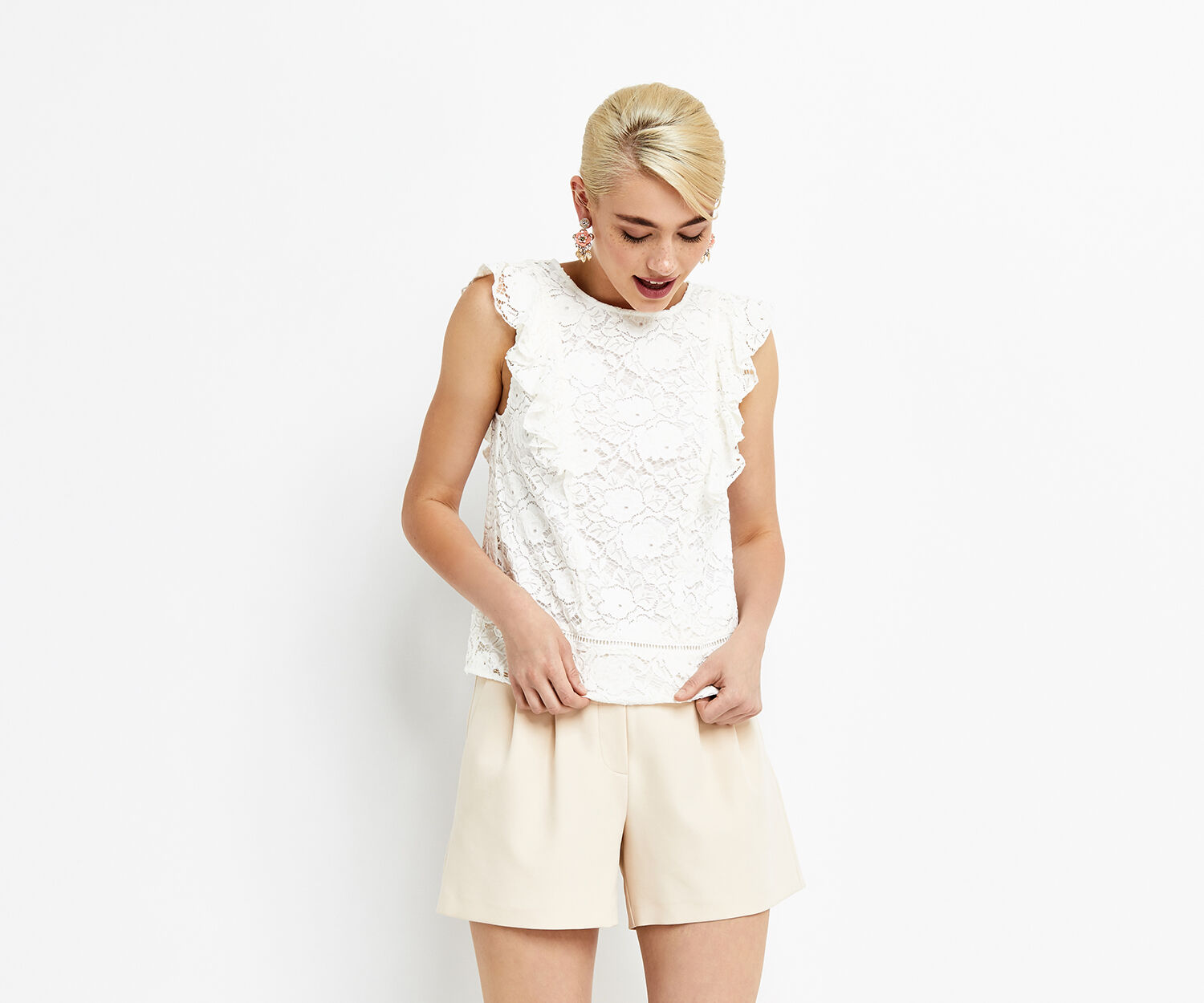Oasis, LACE FRILL TOP Off White 1