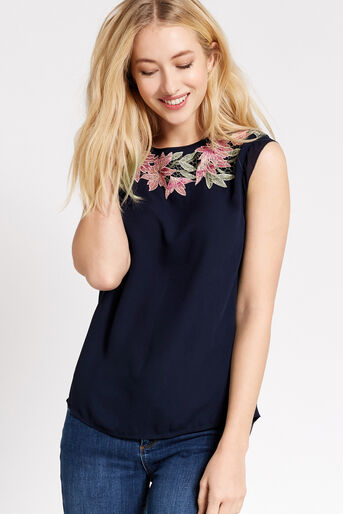 Oasis, FLORAL LACE TRIM TEE Navy 1