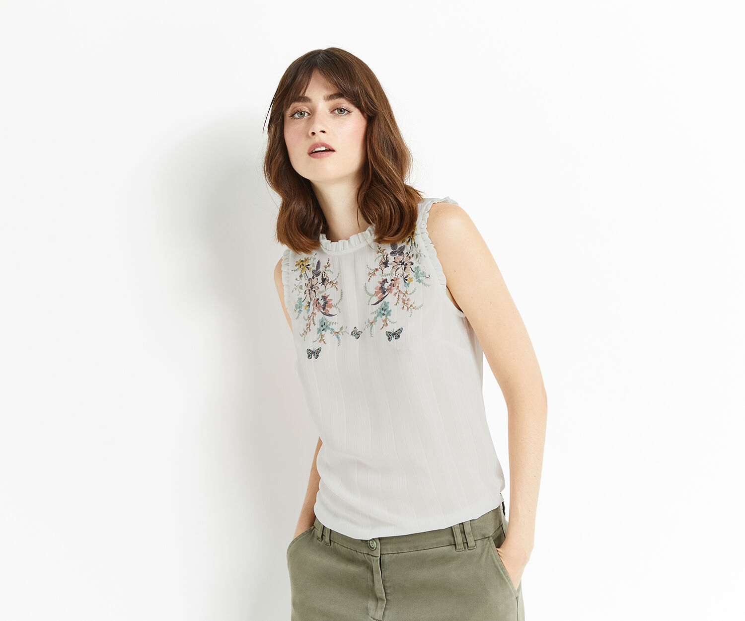 Oasis, EMBROIDERED LUREX SHELL TOP Off White 1