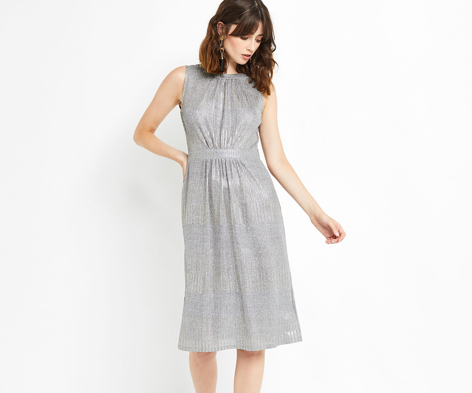 Oasis, GEO FOIL GRECIAN DRESS Metallic Pewter 1