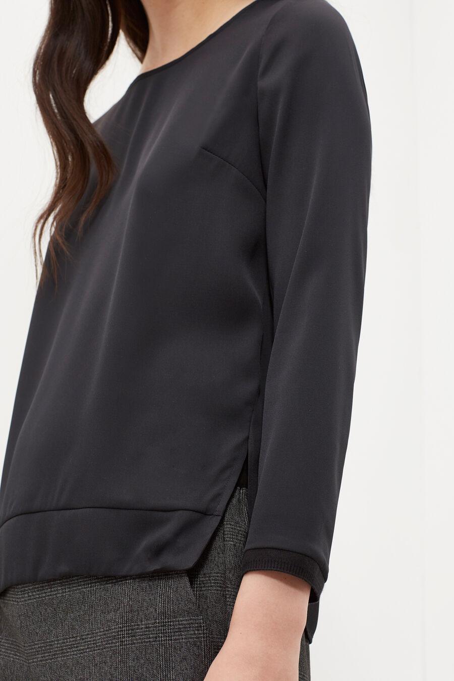 Boat-neck blouse