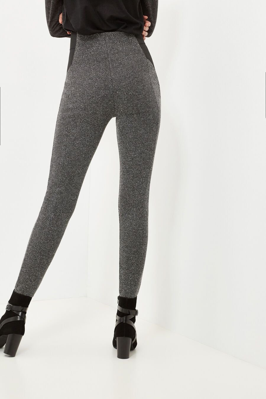 Structured leggings