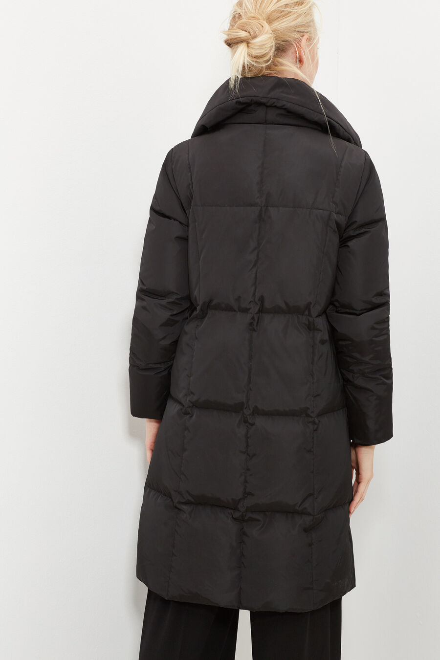 Long quilted anorak