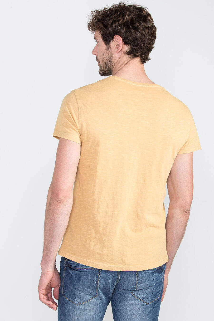 Garment-dyed top