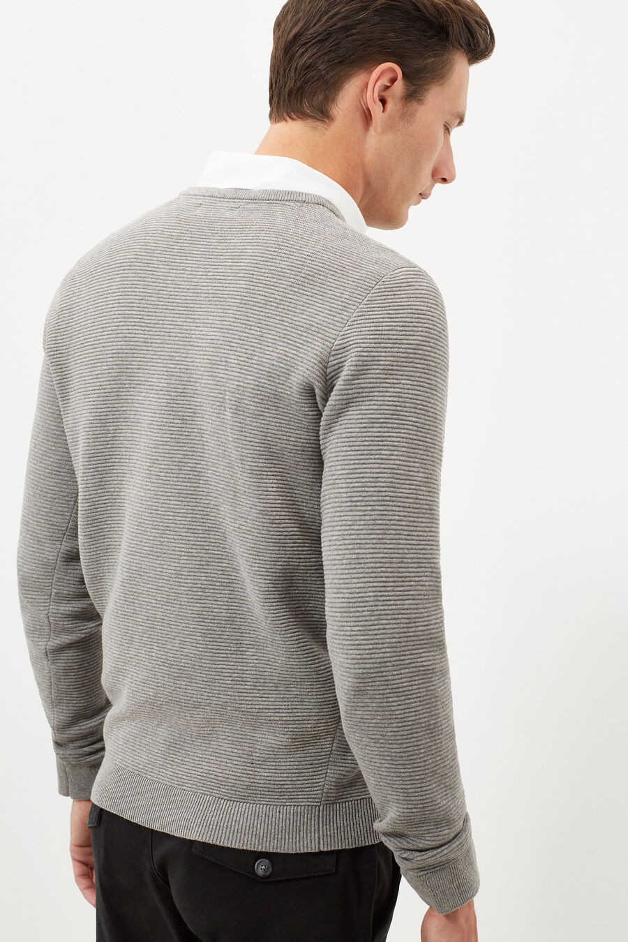 Structured v-neck jumper