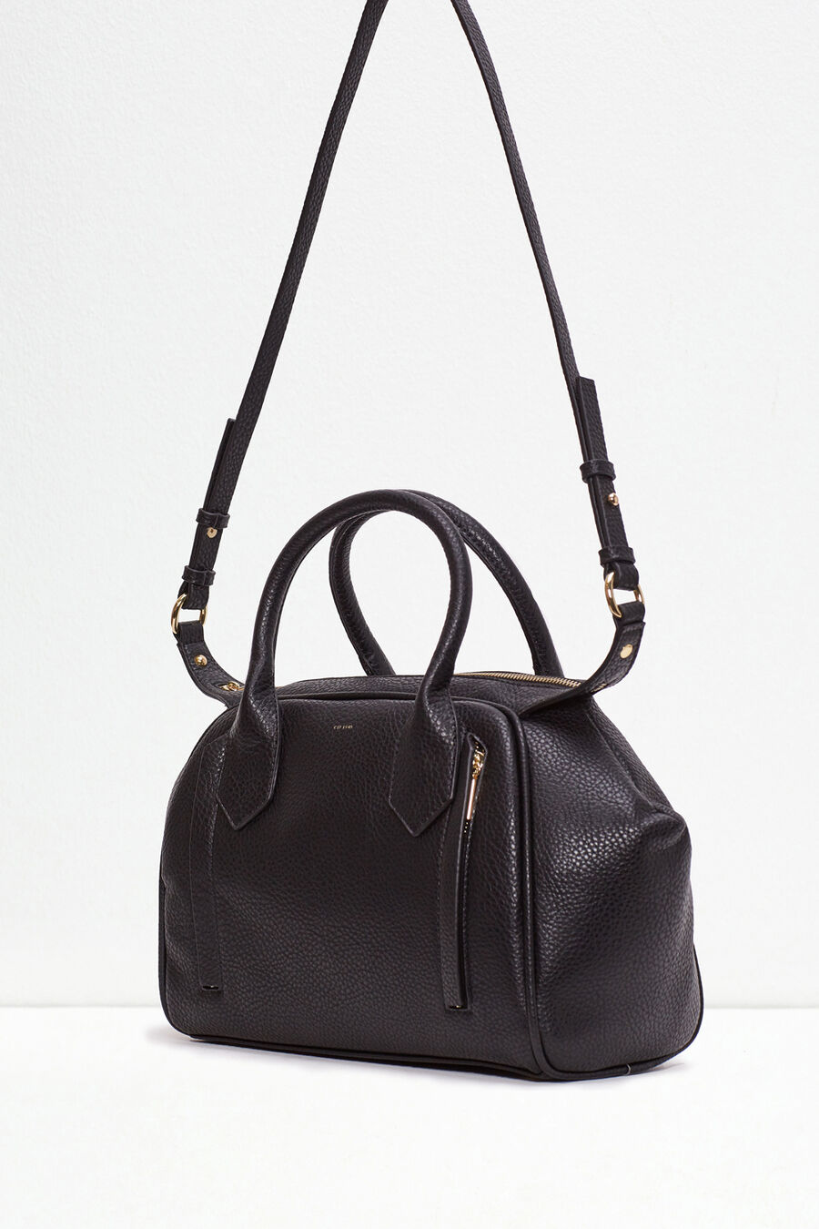 Bowling bag with zip