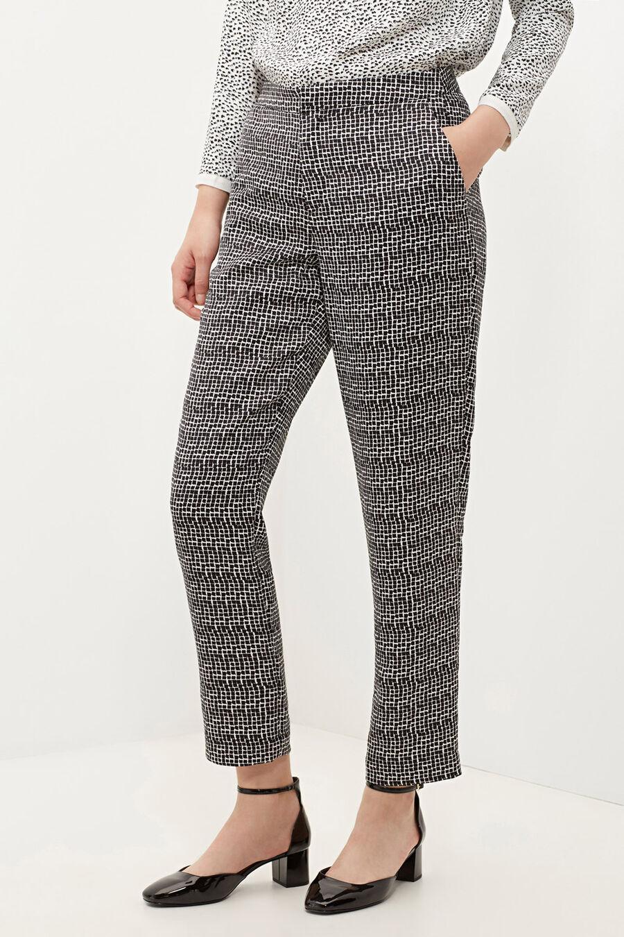 Peg leg trousers