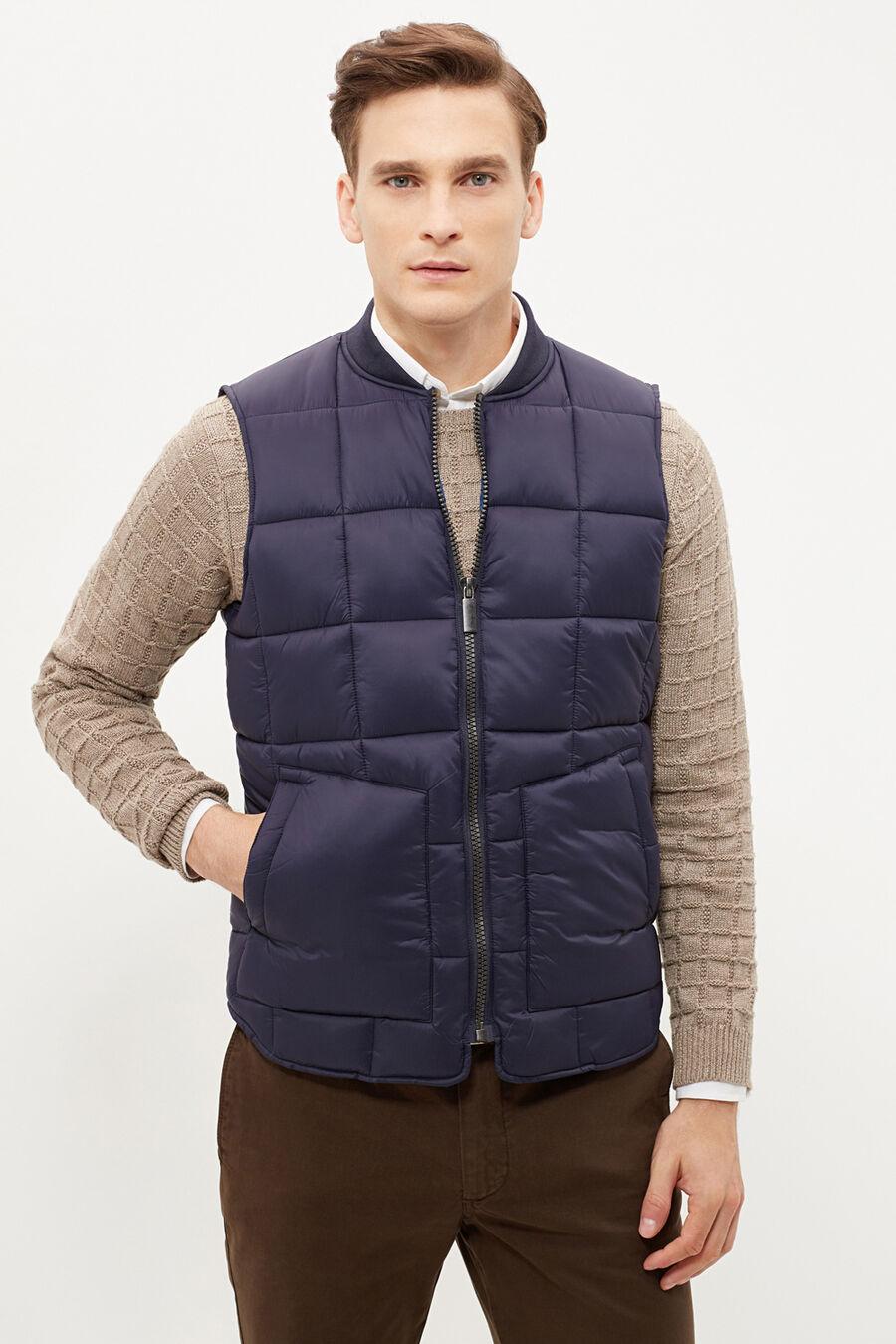 Light vest