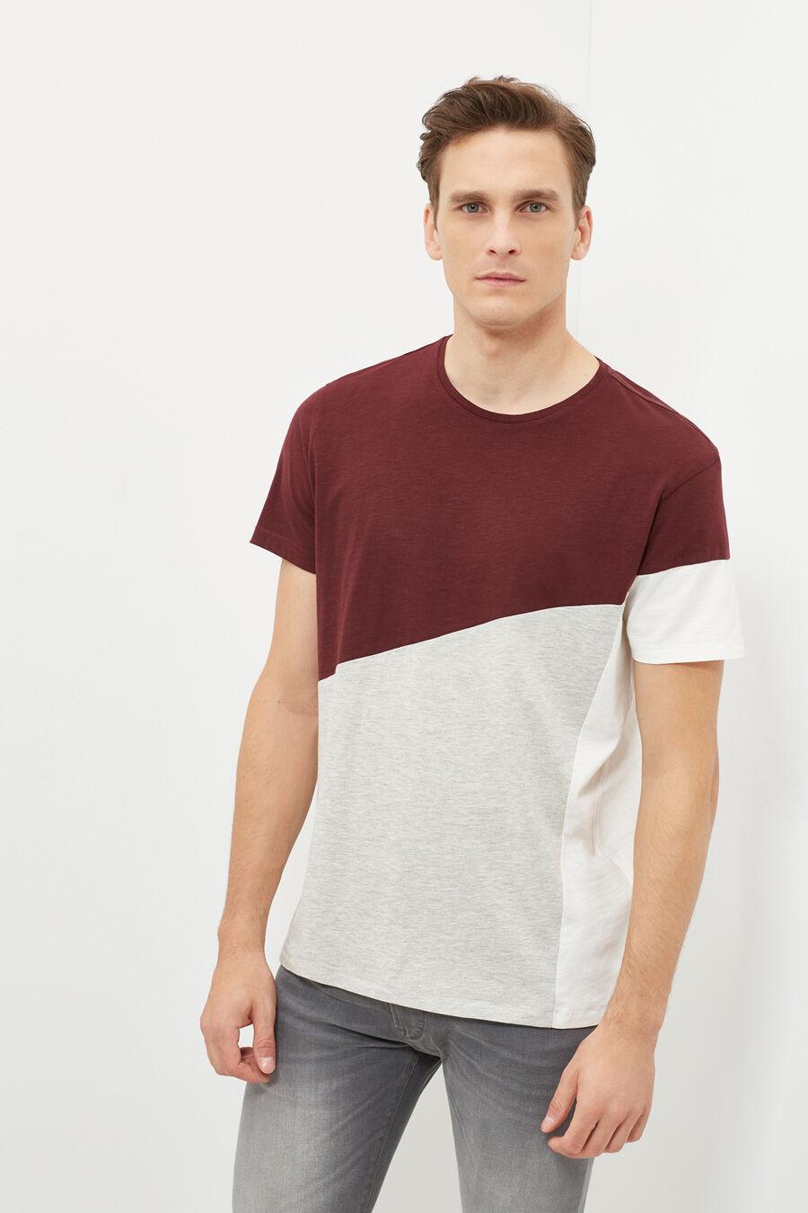 Cuts t-shirt