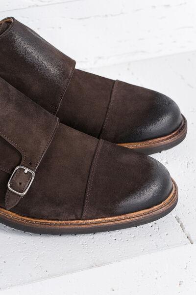 Zapato ante hebillas