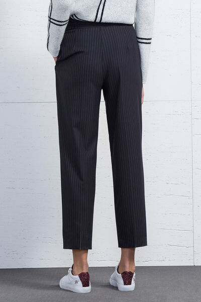 Pantalón raya diplomática