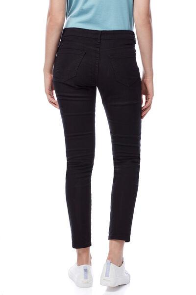 Pantalón slim color