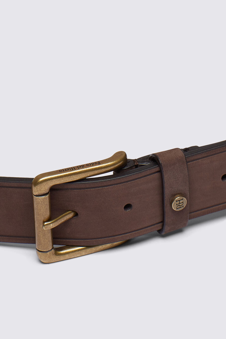 Filleted plain casual belt