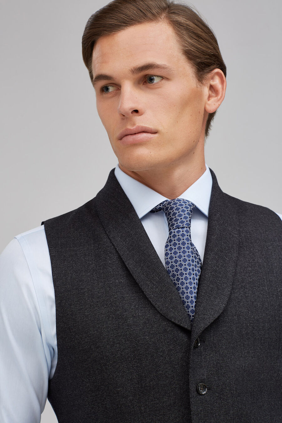 Tailored fit waistcoat separate