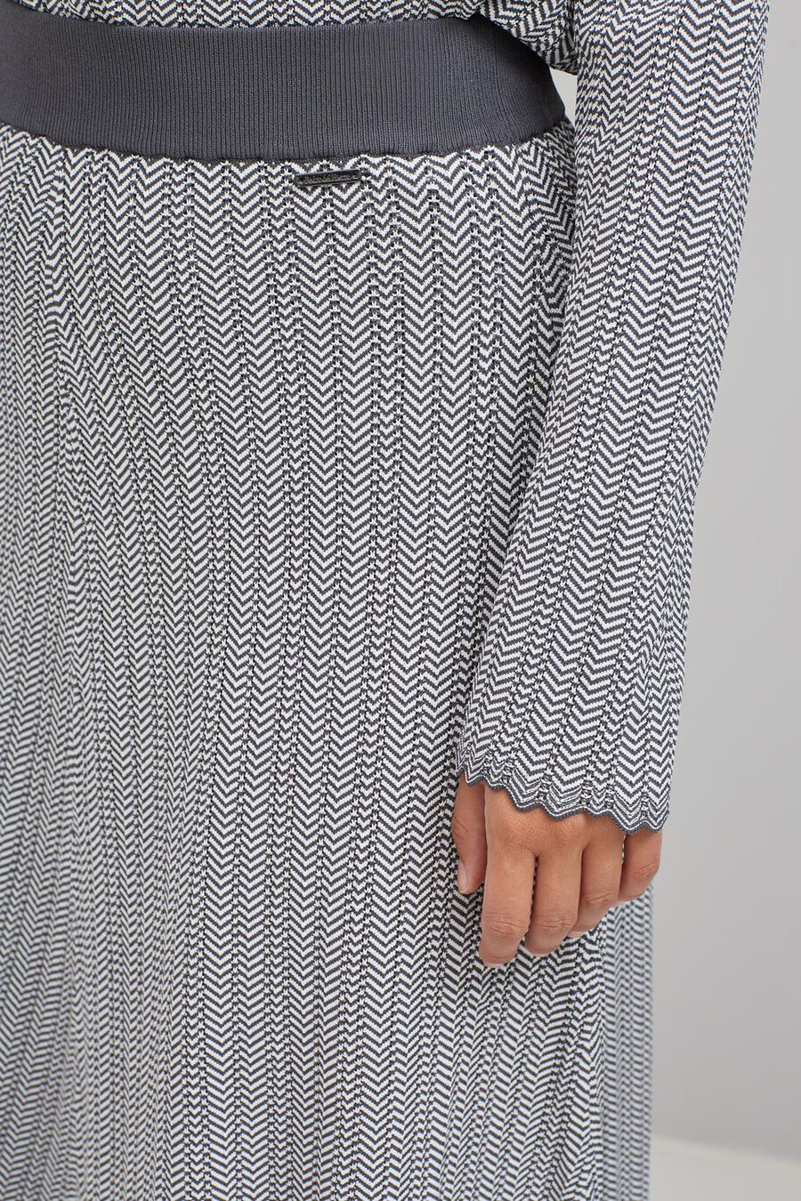 Herringbone knit skirt