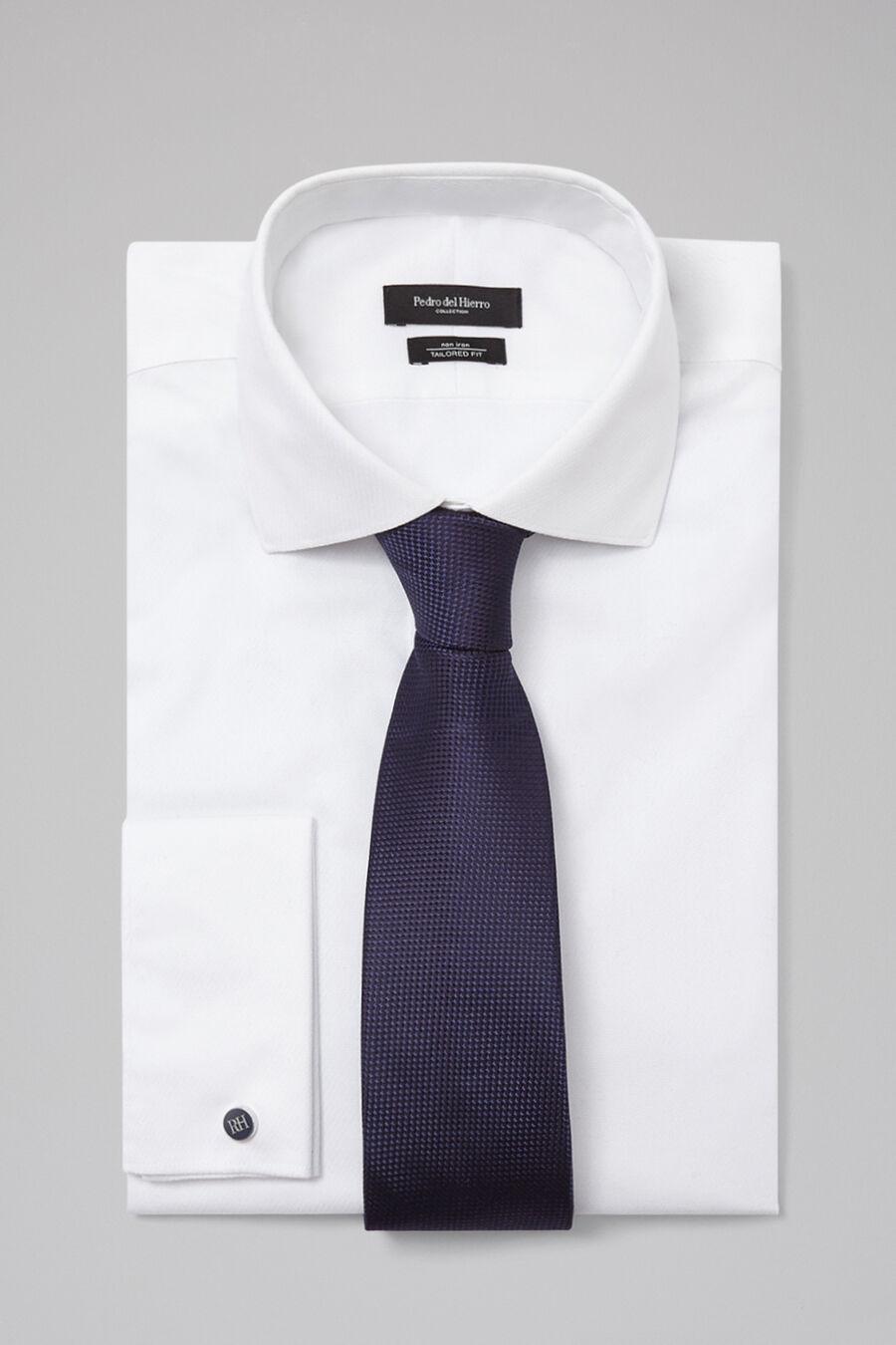 Silk structured tie