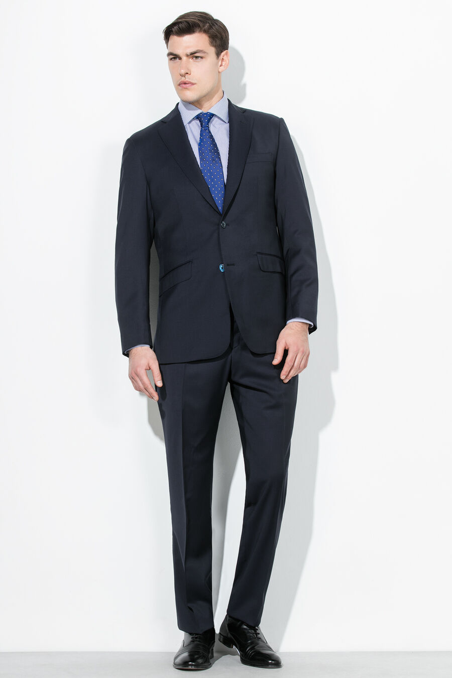 Tailored twill suit