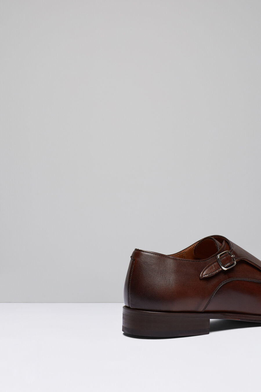 2 buckle leather shoes