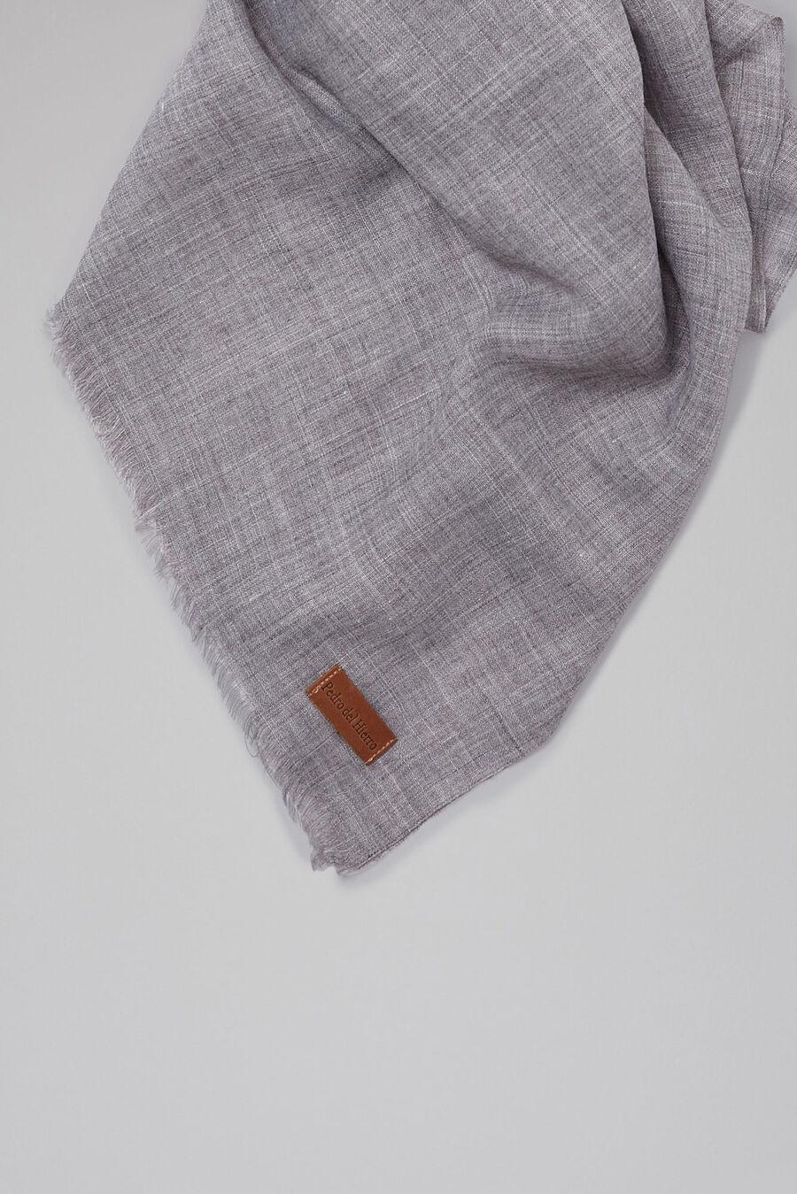 Plain foulard