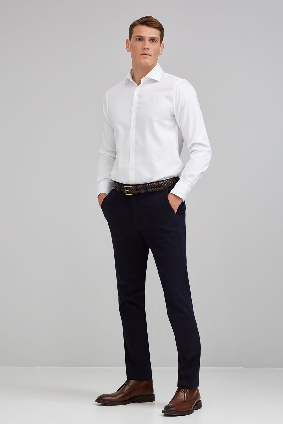 Structured non-iron shirt
