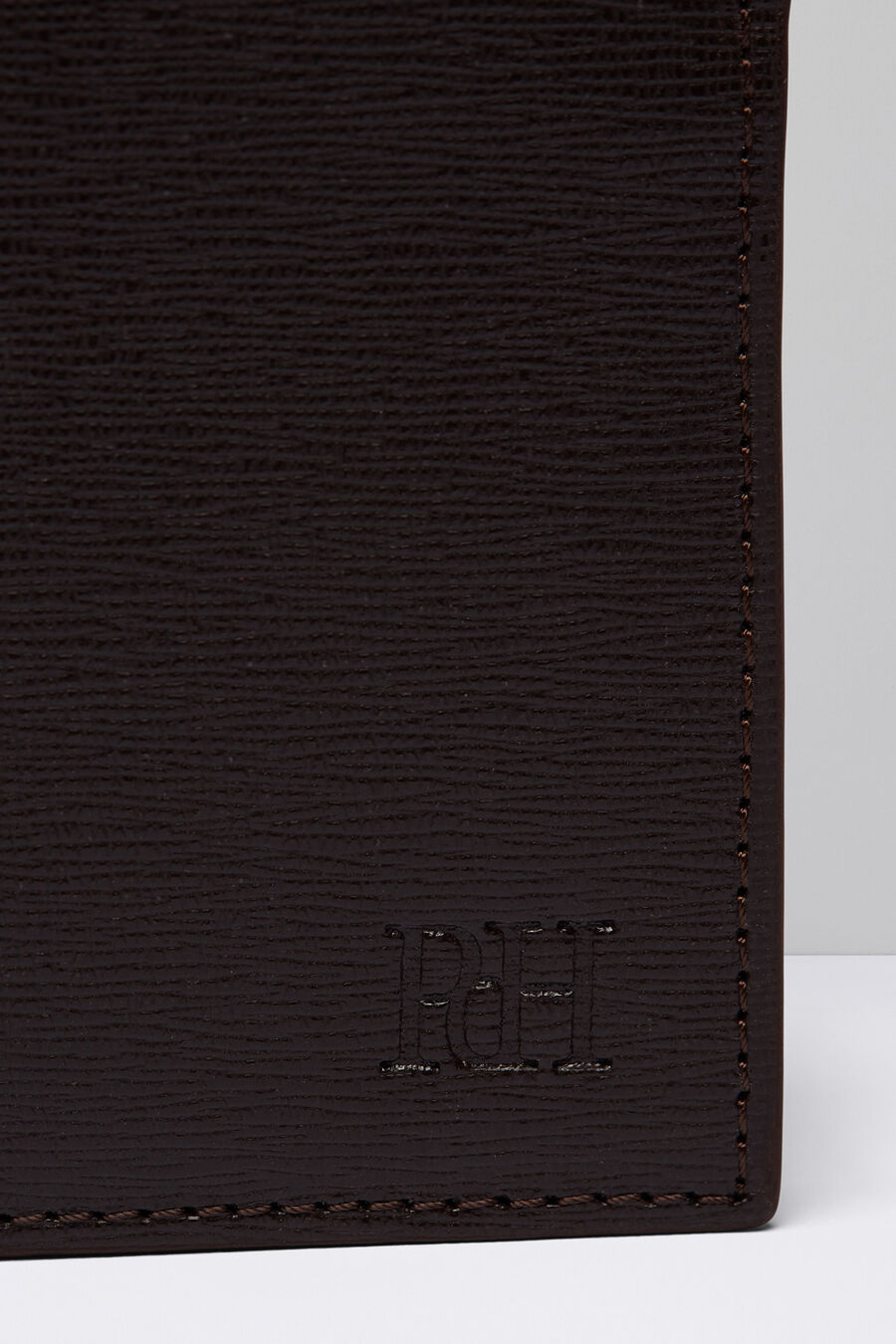 Saffiano wallet with pocket