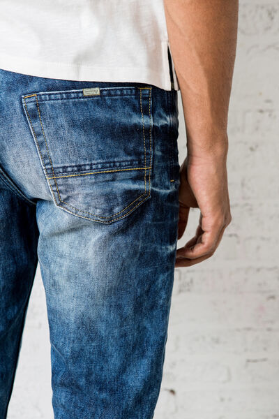 RELAXED-FIT WASHED DENIM JEANS