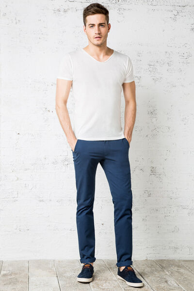 MICRO-PRINT SLIM-FIT CHINOS