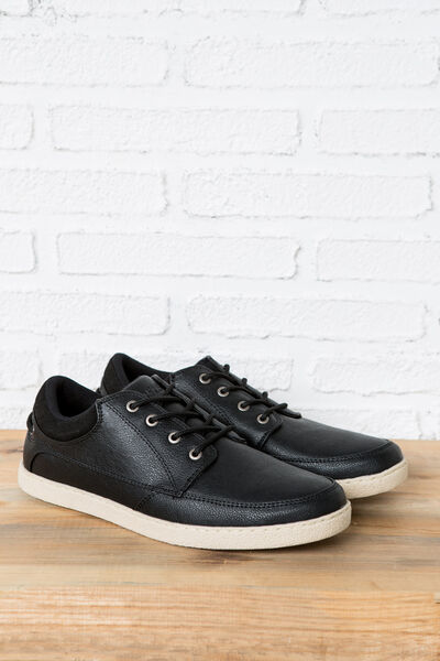 CASUAL NAUTICAL SHOES