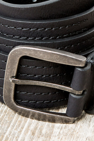 faux leather belt with stitching
