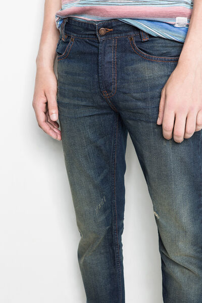 STRAIGHT-FIT WASHED DENIM JEANS