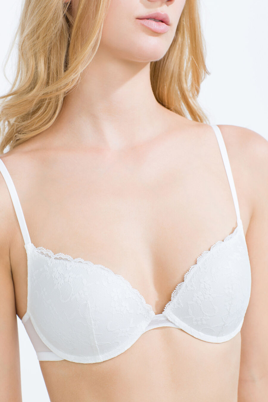 Lace and mesh padded bra
