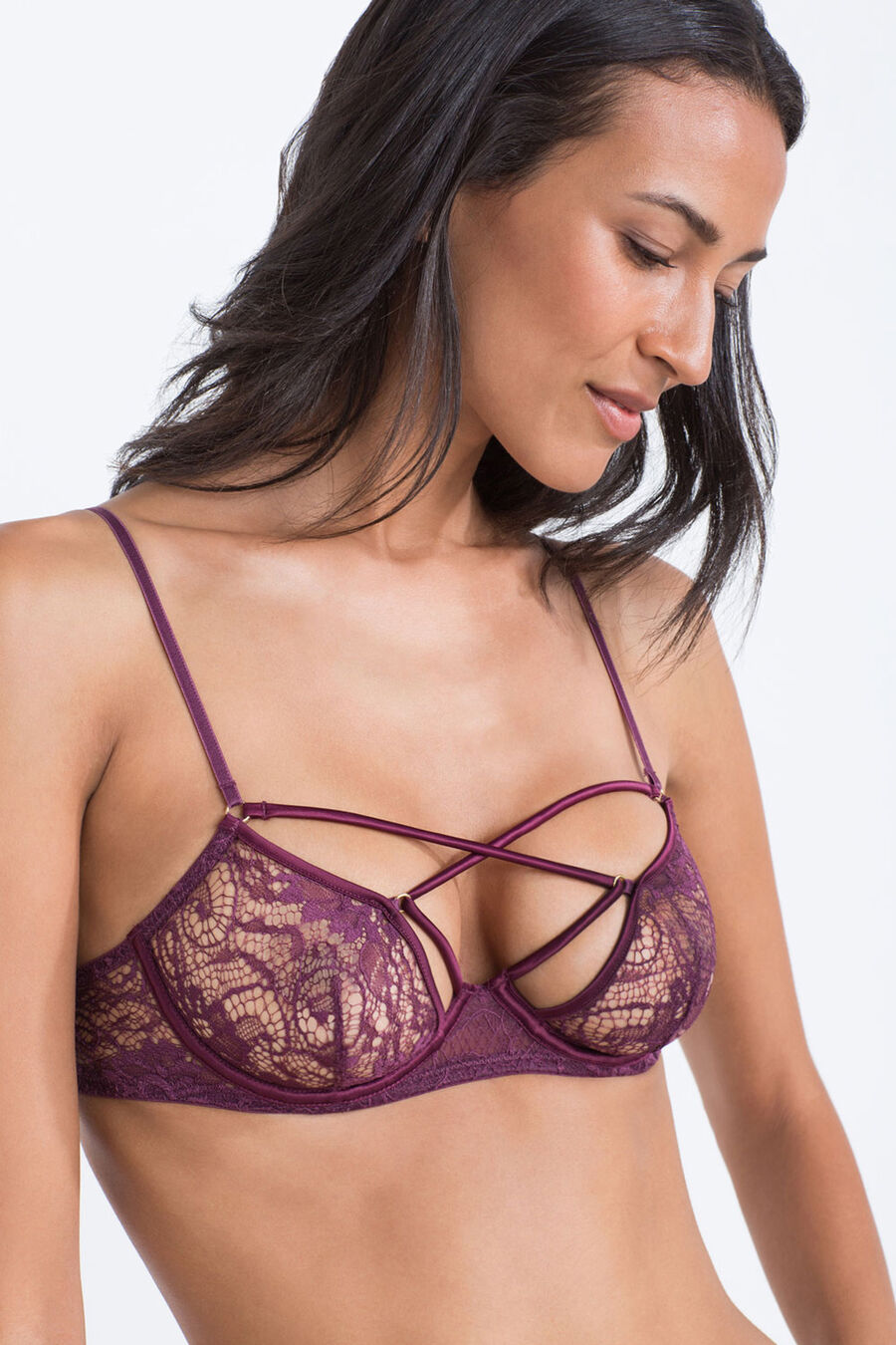 Lace wired bra