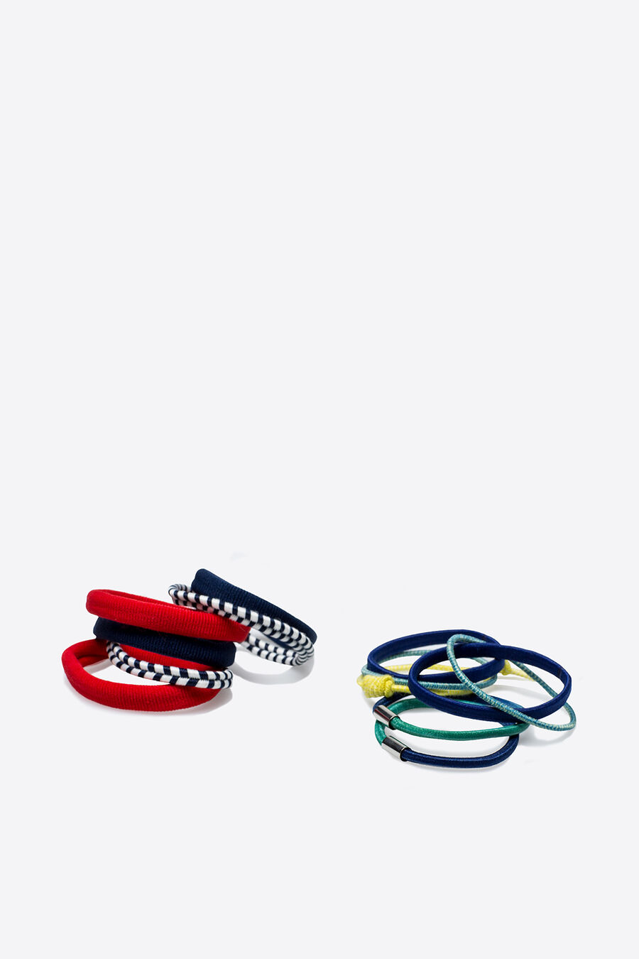 Pack of hair ties in different colours