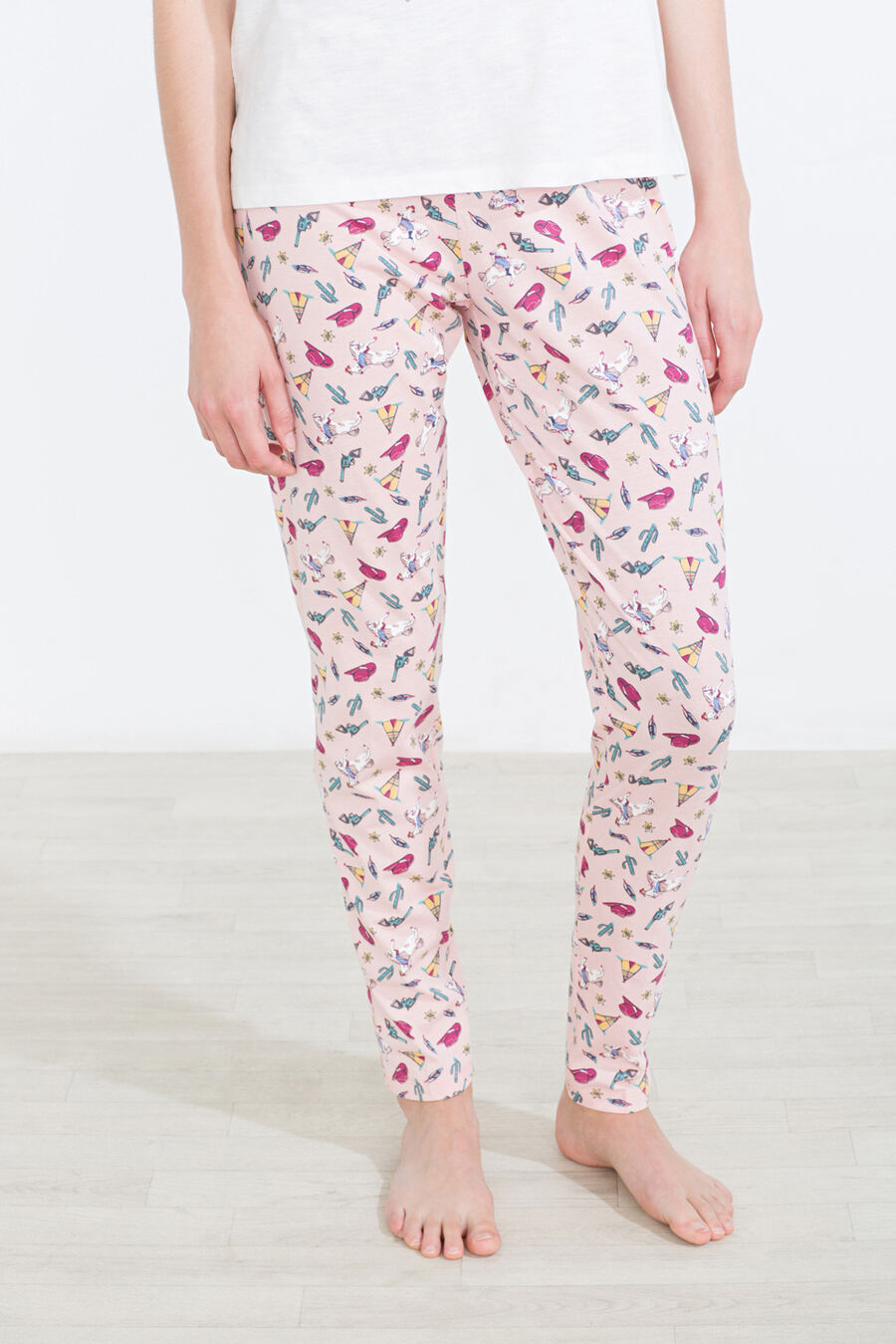 All over print western motif pant