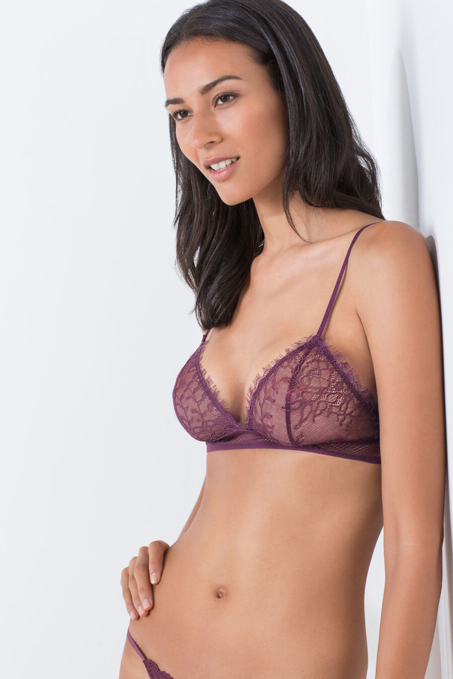 Lace triangular bra