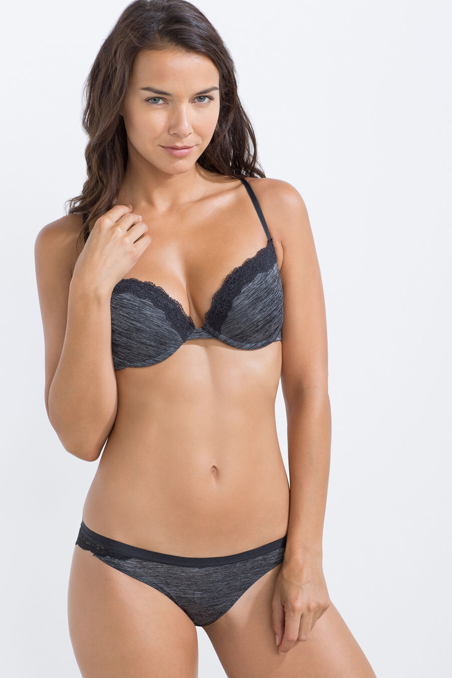 Classic micro structure brief with lace