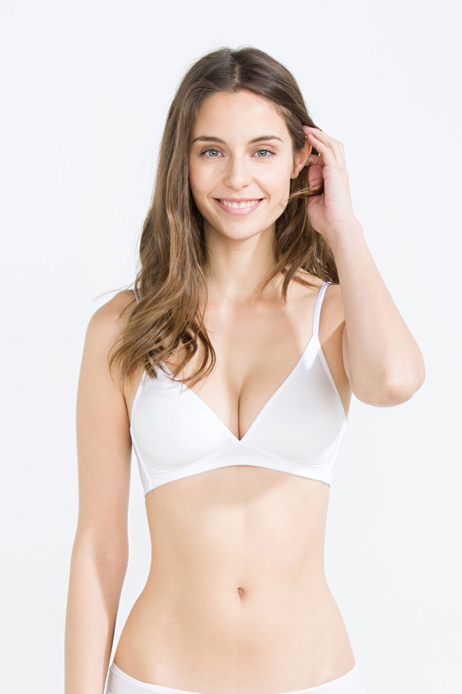 Wireless triangular bra