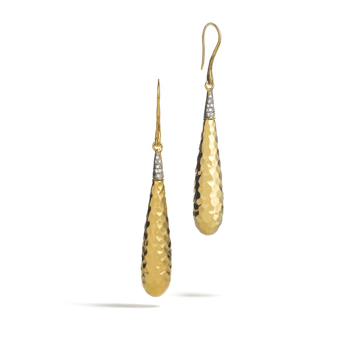 Classic Chain Drop Earring in Hammered 18K Gold with Diamond