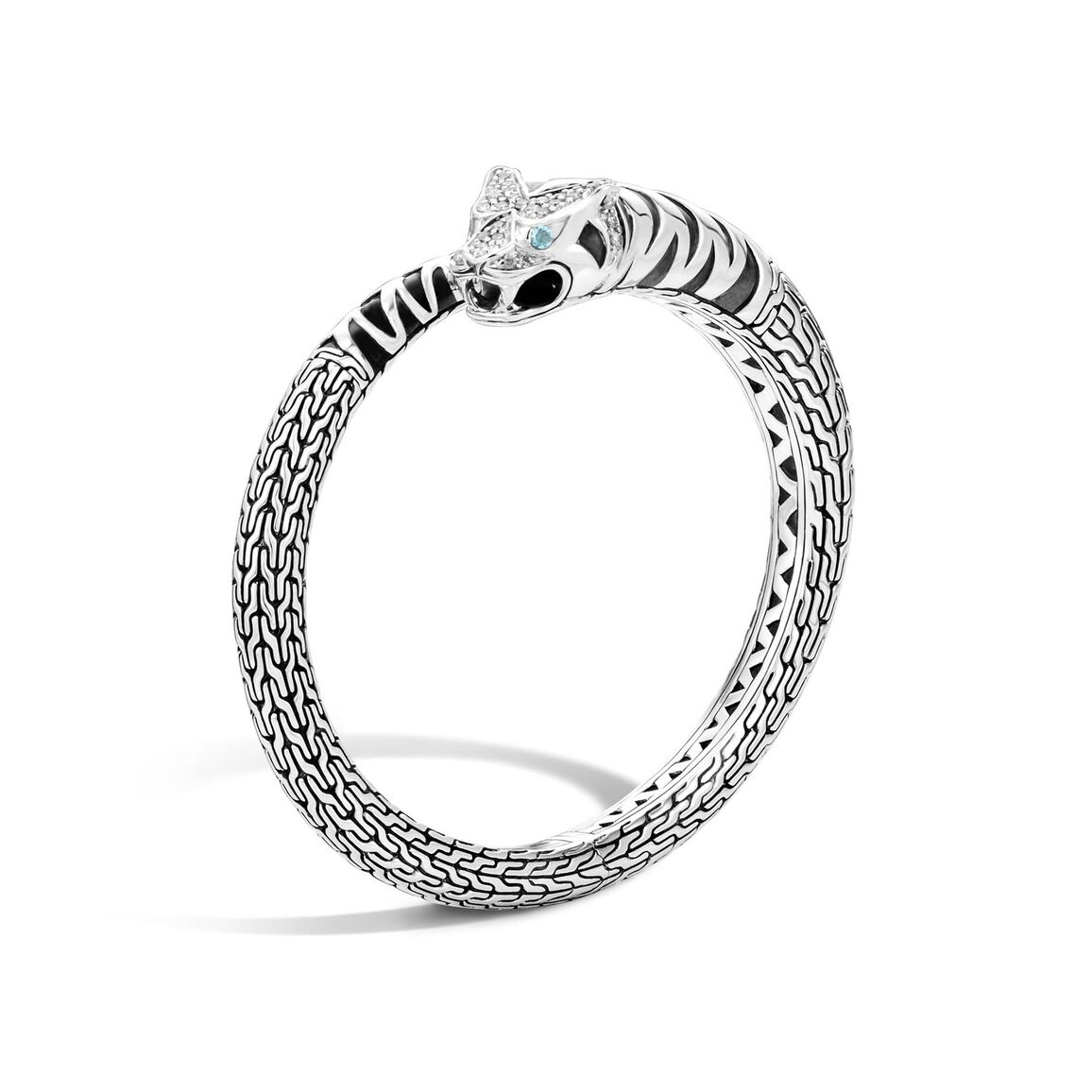 Legends Macan Kick Cuff in Silver with Diamonds