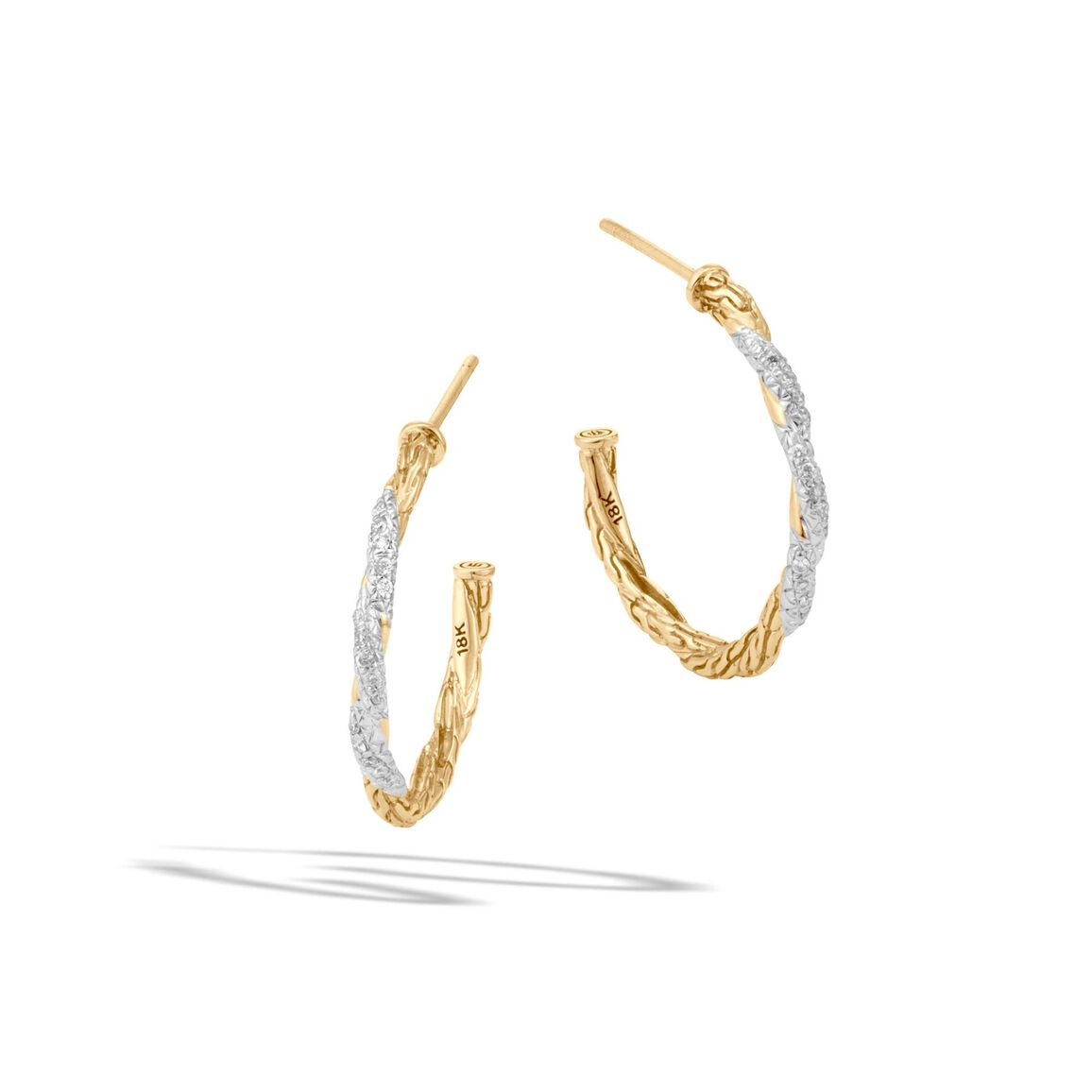Classic Chain Small Hoop Earring in 18K Gold with Diamonds