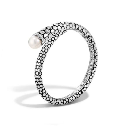 Dot Kick Cuff in Silver with 11MM Pearl and Diamonds
