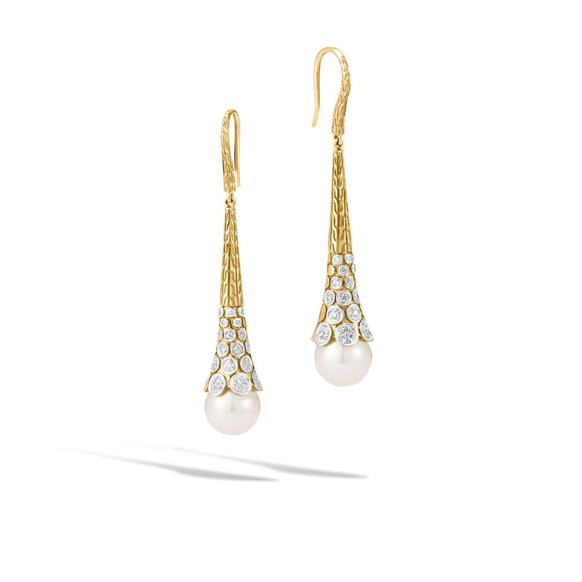 Dot Drop Earring in 18K Gold with 11MM Pearl and Diamonds