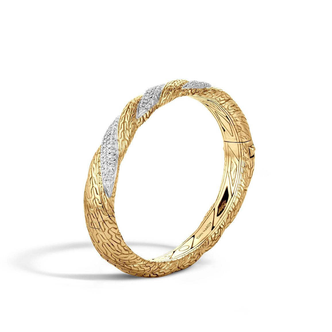 Twisted Chain 9MM Hinged Bangle in 18K Gold with Diamonds