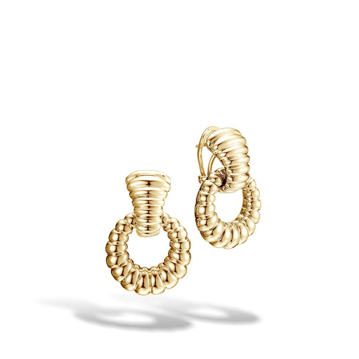 Classic Chain Door Knocker Earring in 18K Gold