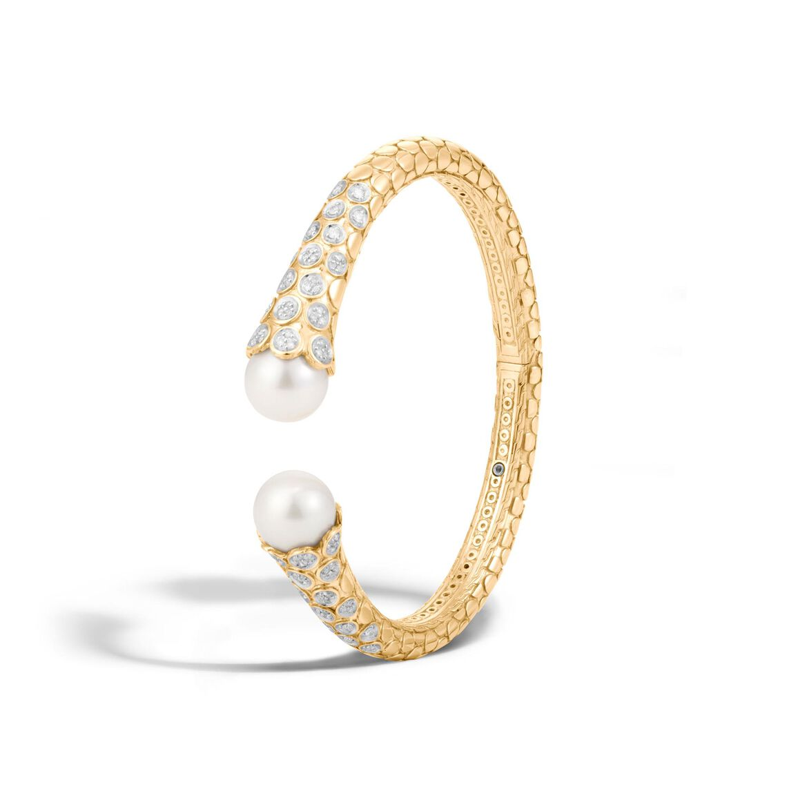 Dot Kick Cuff in 18K Gold with 11MM Pearl and Diamonds