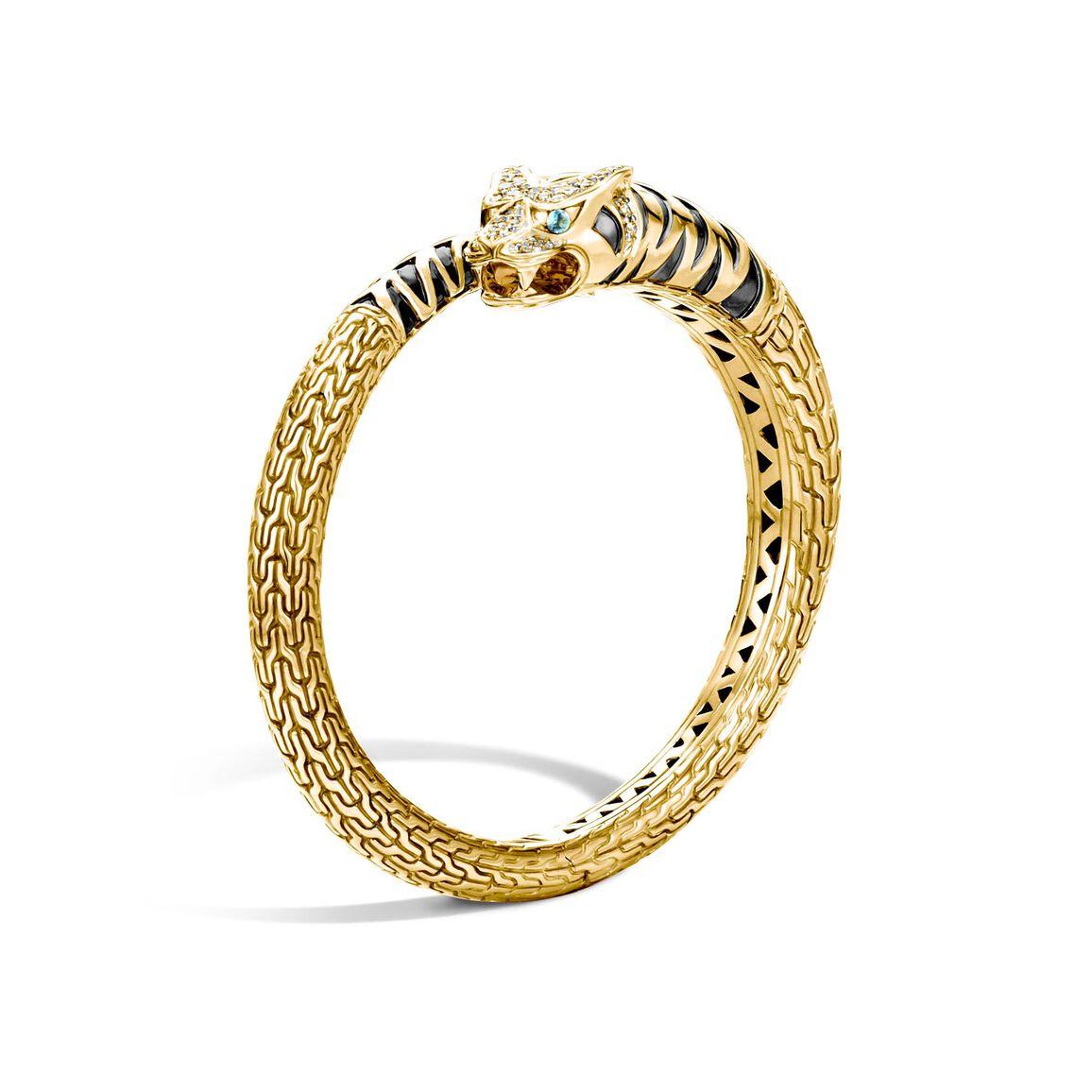 Legends Macan Kick Cuff in 18K Gold with Diamonds