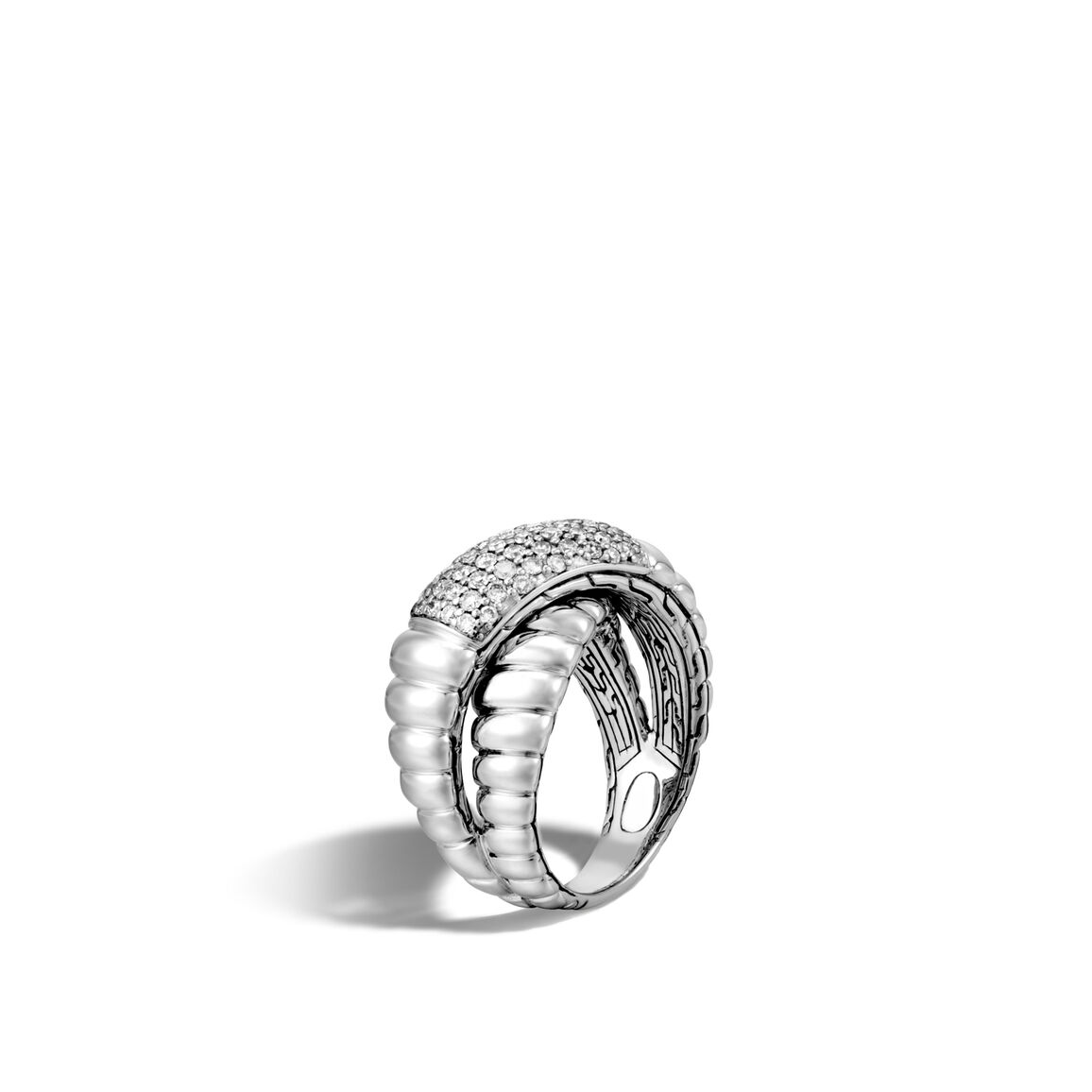 Classic Chain Cross-over Ring