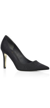 Adrianna Pointy Toe Pump
