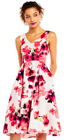 Poppy Print Midi Dress with V-Neck and Back